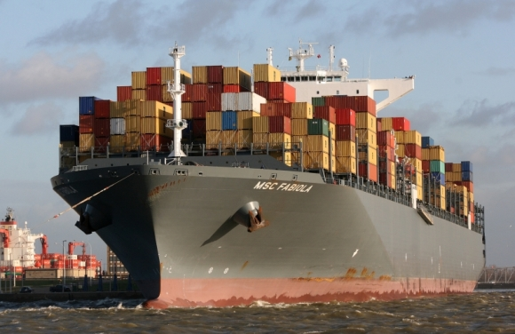 MSC Fabiola - sets new record for Durban container vessel capacity