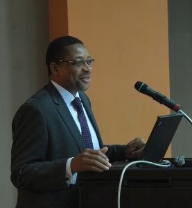 Guilherma Mambo presenting the Mozambique Single Electronic Window at the SADC ICT Conference, in Mauritius, 2012.