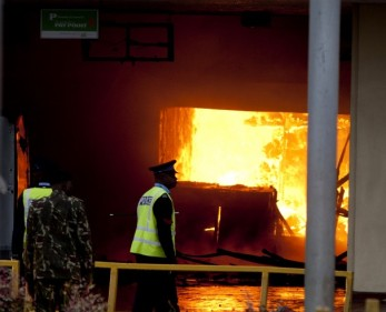 Kenya_Airport_Fire-00829