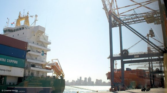 Transnet moves ahead with Maydon Wharf upgrade plan. (Picture credit:  Duane Daws, Creamer Media)