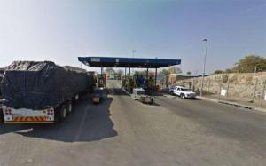 Mesina-Beitbridge border crossing - Google Maps