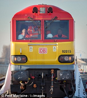 silk-road-train3