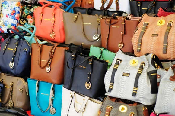 555116b4118 eBay Authentication Service for luxury handbags – outlawing ...
